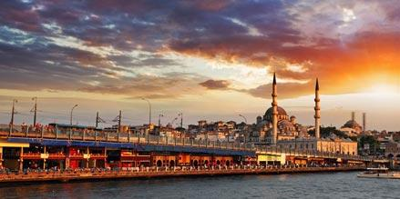 Gorgeous, vibrant, exotic and seductive. Welcome to Istanbul http://t.co/nK58aXr9Af http://t.co/PNnDfyAIUW