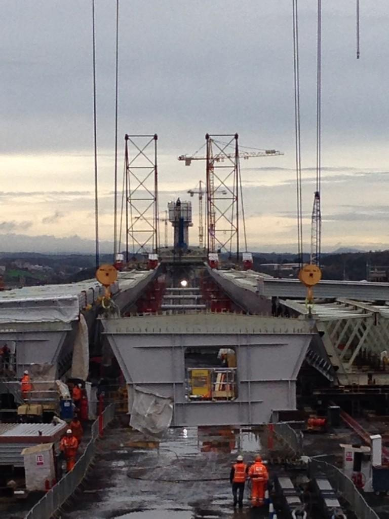 "Darragh on Twitter: ""@NewForthBridge Last bridge pier section being attached on South launch area http://t.co/VA9OxG8kmb"""