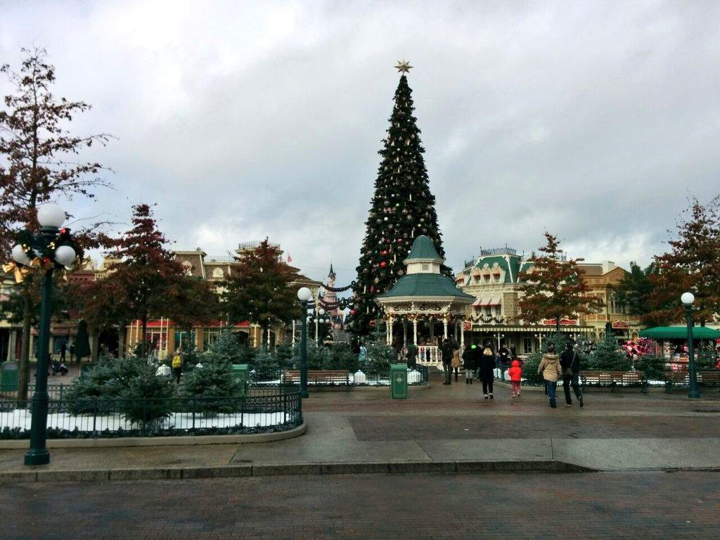 Town Square Christmas 2014