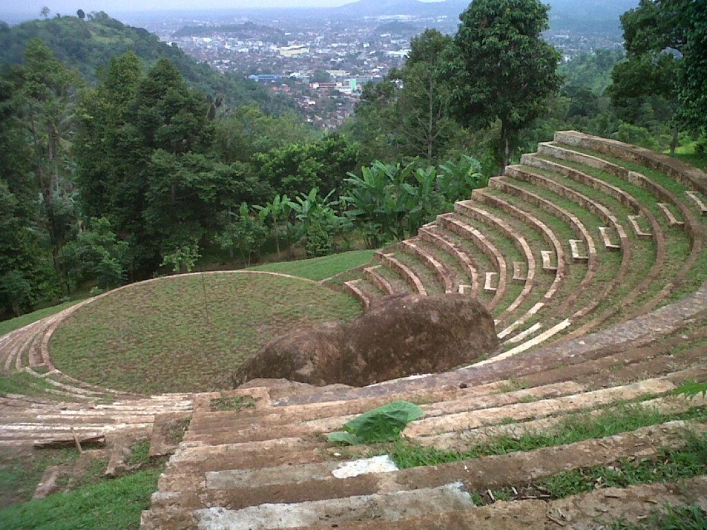 Alam Wawai Amphitheater