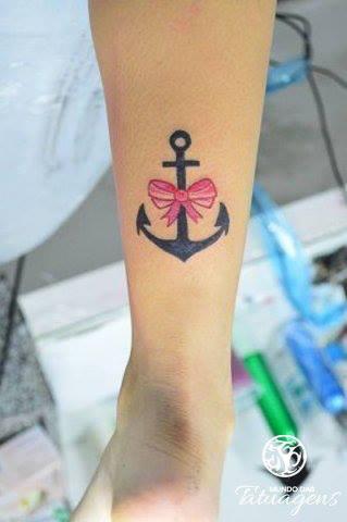 Mundo Das Tatuagens On Twitter A Paulyene Tatuou Uma