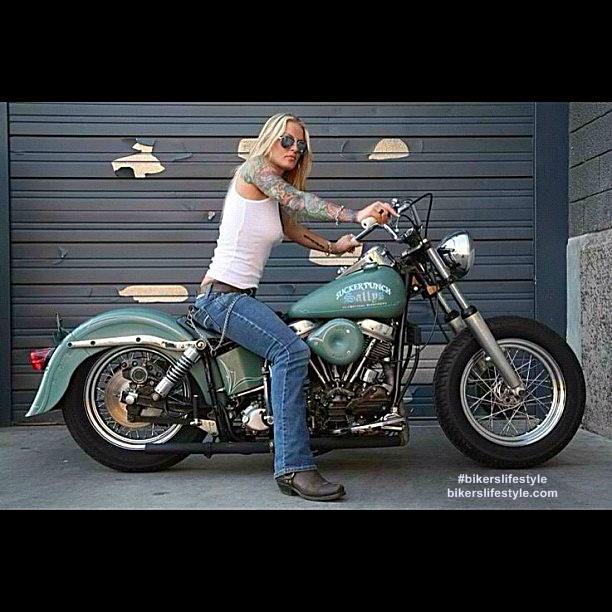 #bikerslifestyle #liveridesurvive #motorcycles #mortaladdiction #freedom #girlbikers http://t.co/IBaaJ0TVwo http://t.co/F6MGQq92wA