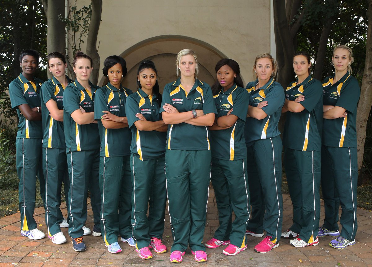 South Africa take on the world's best netball teams at the @Fast5Netball #WorldSeries LIVE on SS7 from 01:50 (CAT). http://t.co/EMcFQ32IOk
