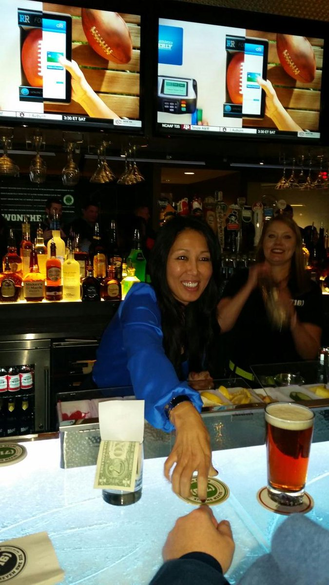 Kim Pegula just took my drink order. Told me she used to wait tables in Cuba, NY  #superiorservicewithasmile http://t.co/NeEIcTh0X8