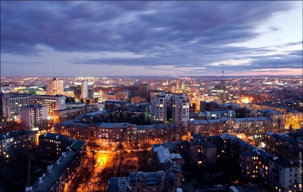 Харьков ночь фото
