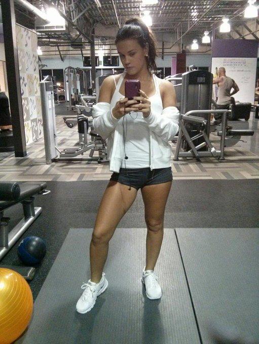 Gym selfie. Leg day! #GymMotivation #GetFit #legday http://t.co/NBqJLcMiuQ