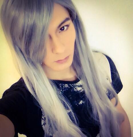 ソワレもいきまーーす!! あ、ついでに昨日バサラブログにあげた写メ☆光秀様の白髪ロングに憧れてかぶってしまった。 さー!やるぞー! #fujitaray #dustz