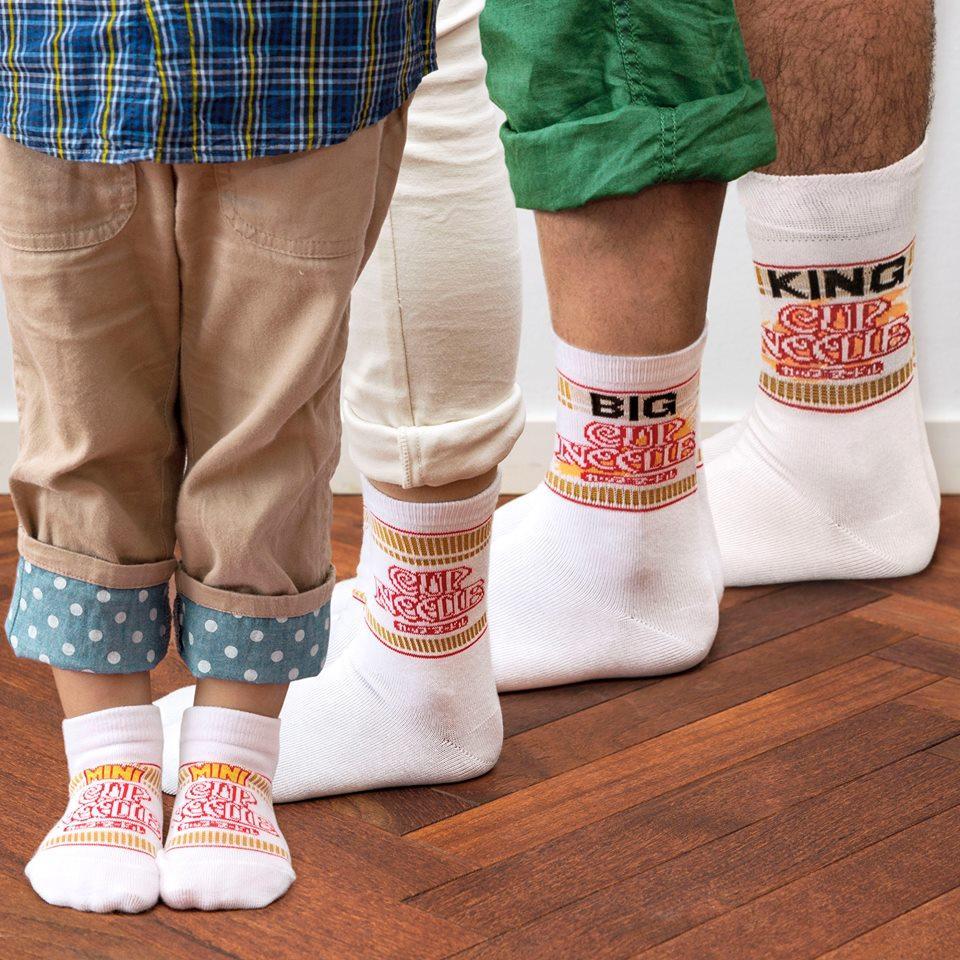 カップヌードル靴下。各サイズあり。 http://t.co/ipFpdCd02j