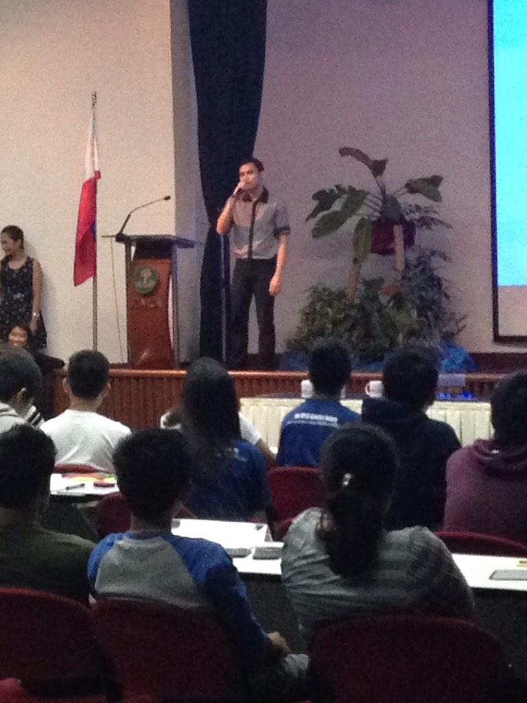 An impromptu performance by GeneSoc's Junior Adviser, Sir Jae Rodriguez! #NIGQC2014 http://t.co/7M1xEz9FDE
