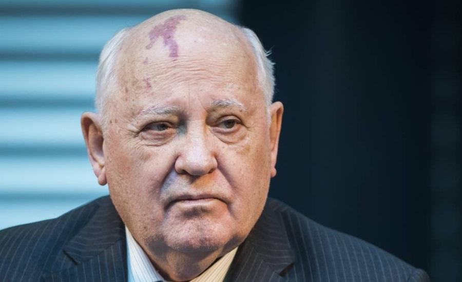 'O mundo está à beira de uma nova Guerra Fria', diz Gorbachev, ex-líder da União Soviética. http://t.co/MHsIkio560 http://t.co/9eNDjcyr3K