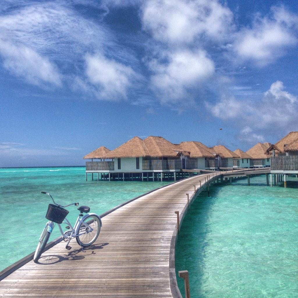 @COMOHotels def knows barefoot luxury. #Maalifushi is your best bet in the #Maldives for #spa junkies & #foodies http://t.co/sXRl4oEQxf