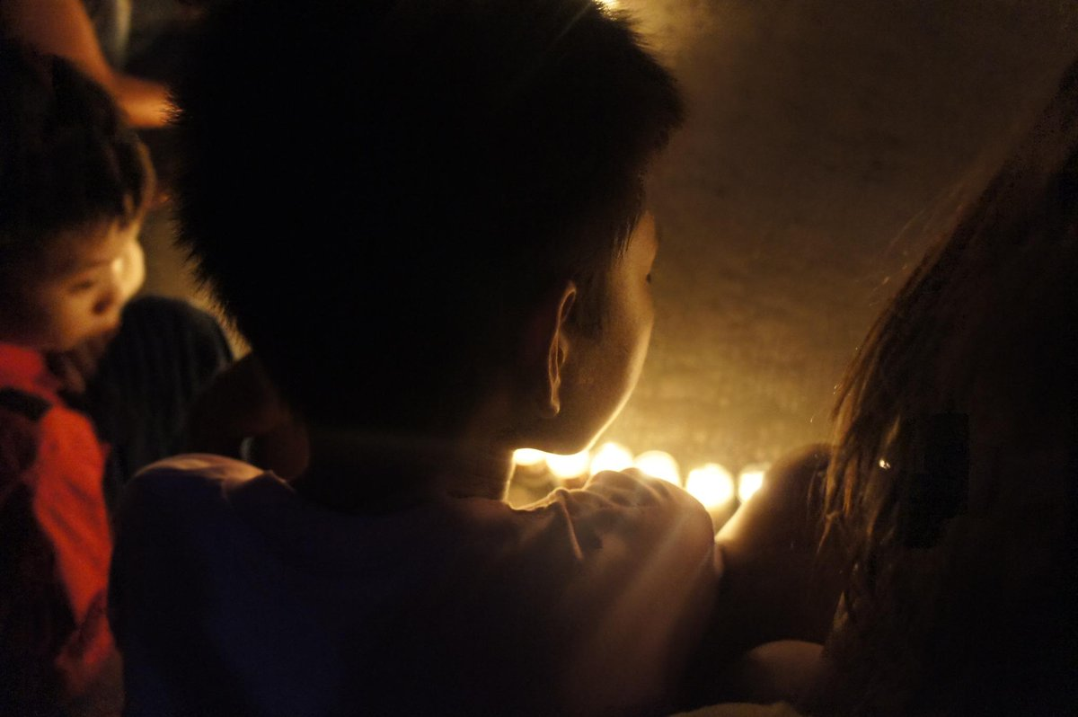 There were a lot of children out tonight lighting candles. They're all survivors. #Haiyan1Year #WVBloggers #Tacloban http://t.co/0uY5dbN0pC