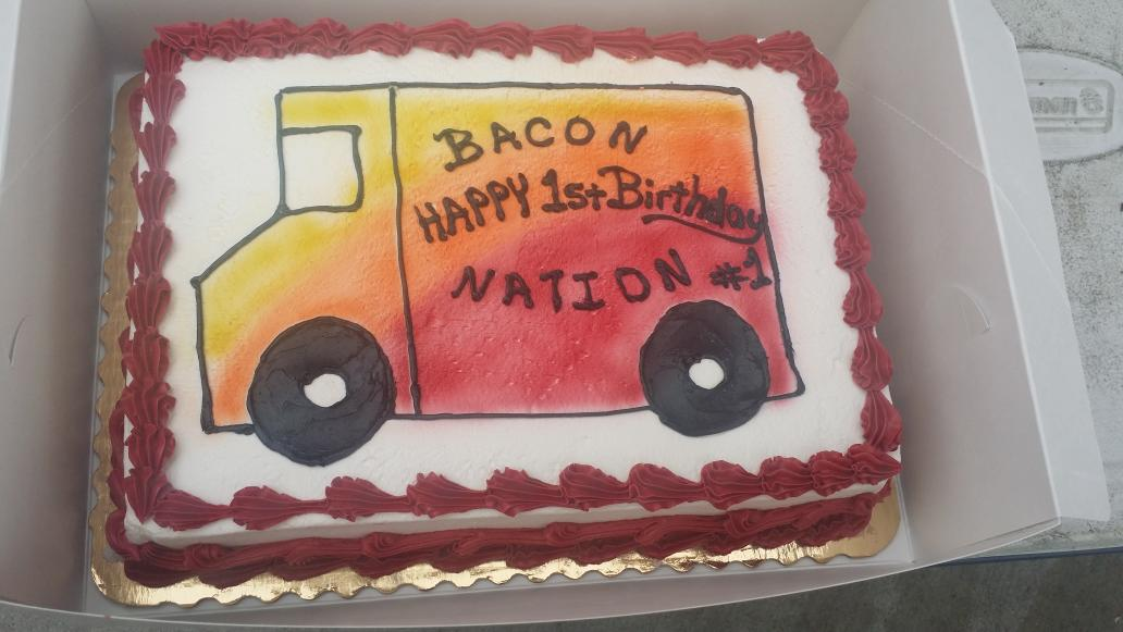 Pleasing Bacon Nation On Twitter Birthday Cake From Mom Yummy Funny Birthday Cards Online Aboleapandamsfinfo