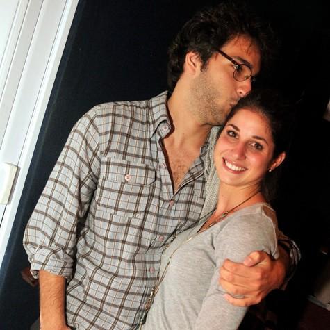 'Um velho num corpo jovem', diz Chandelly Braz sobre o namorado Humberto Carrão. http://t.co/IzWJW5CaOJ http://t.co/1W5U1otCee