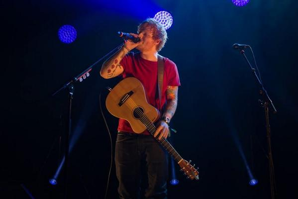CONFIRMED: @edsheeran will be playing in KL in March 2015. http://t.co/P0GJhbCIbE http://t.co/VT9Hwffvia