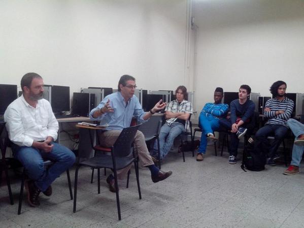 Sensibilización previa al #CTCO2014 en @PolitecnicoJIC  Conectamos U+C http://t.co/zaXQ4pHdlj