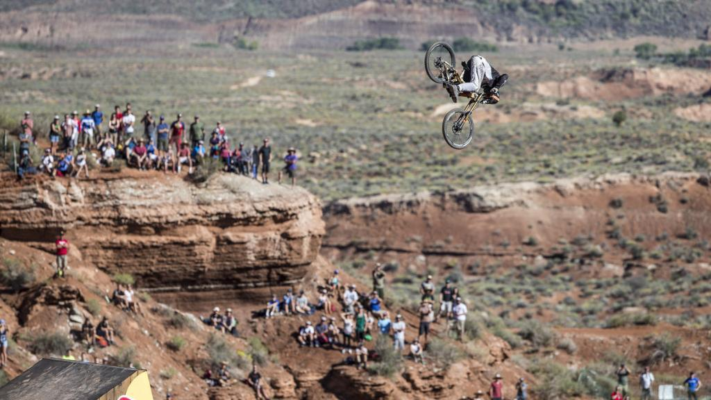 RT @RedBullUK: Attempting a front flip over a 72ft canyon takes balls - @tvansteenbergen we salute you http://t.co/FY5tBJY4TO #MTB http://t…