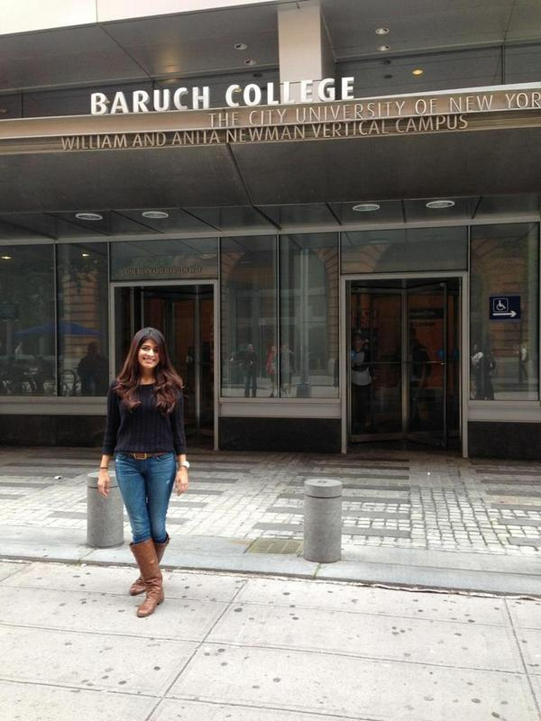Stopping by @BaruchCollege to talk with Shaily, 1 of the 2 Lynxsy Campus Ambassadors at this school. #DayInTheLife http://t.co/vXv5Nm2v06