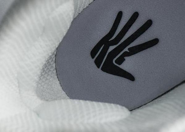 save off 1c2cc 57167 kawhi leonard debuts new jordan xx9 pes with the claw logo