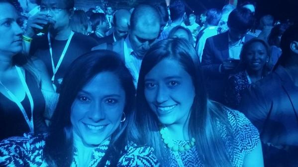 Chillin with the #IBM tweet queen @LindsaySkarda on the floor No Doubt concert. #ibminsight http://t.co/b1JaKwSE75