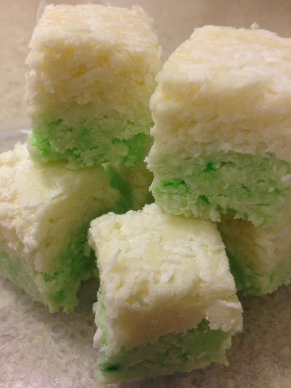 Trove themed coconut ice for #THATCamp Canberra (courtesy of @baibi). http://t.co/I8gKd0NWgB