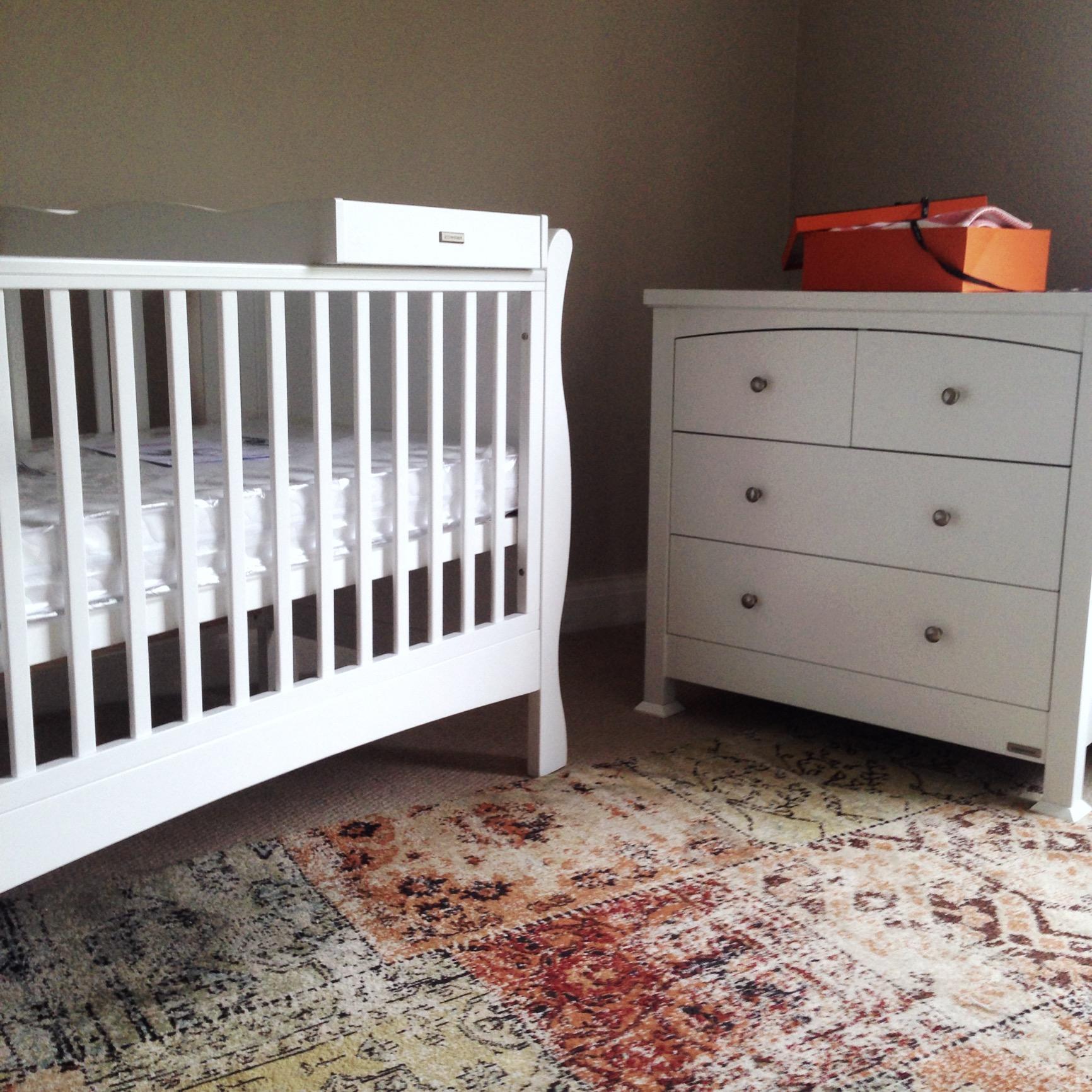 Loving our Nursery Furniture from @Izziwotnot !! Not long now til our little one arrives! :D http://t.co/AfNUYZNpf3 http://t.co/uM3FSmrtF7