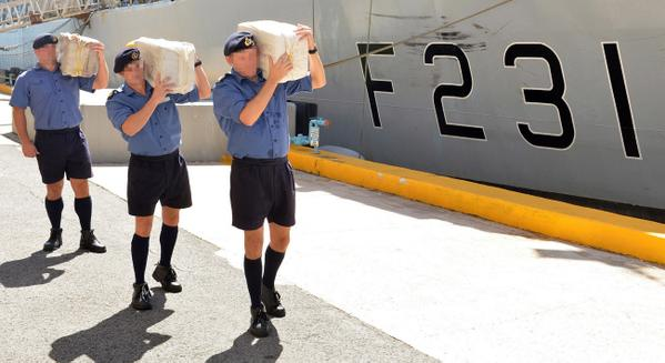 HMS Argyll Seizes £10M cocaine from Atlantic drug smugglers http://t.co/ok69TppuTZ http://t.co/s7UdvC08PA
