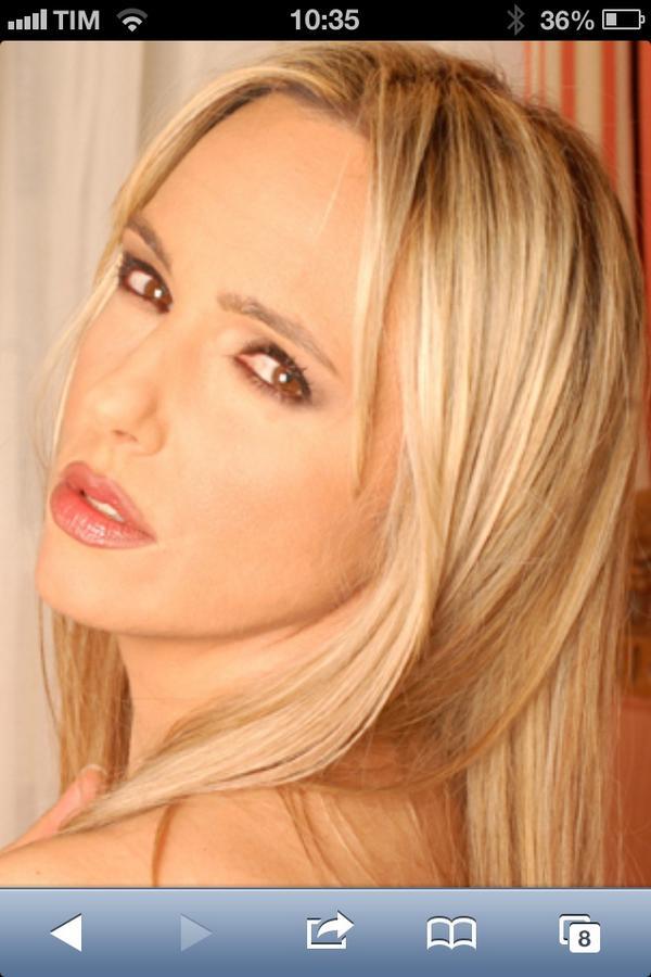 Cristina Rinaldi Nude Photos 25