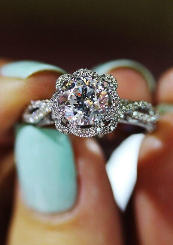 "Preppy Outfits on Twitter ""Tiffany engagement ring 👌💎"