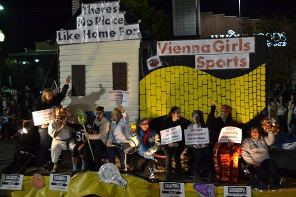 vienna halloween parade rocked this is small town spirit http - Vienna Va Halloween Parade