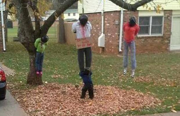 RT @GlobalGrindNews: Kentucky family forced to remove lynched black figures from front lawn http://t.co/8hDrvs9RCj http://t.co/ECWzUP2GFO