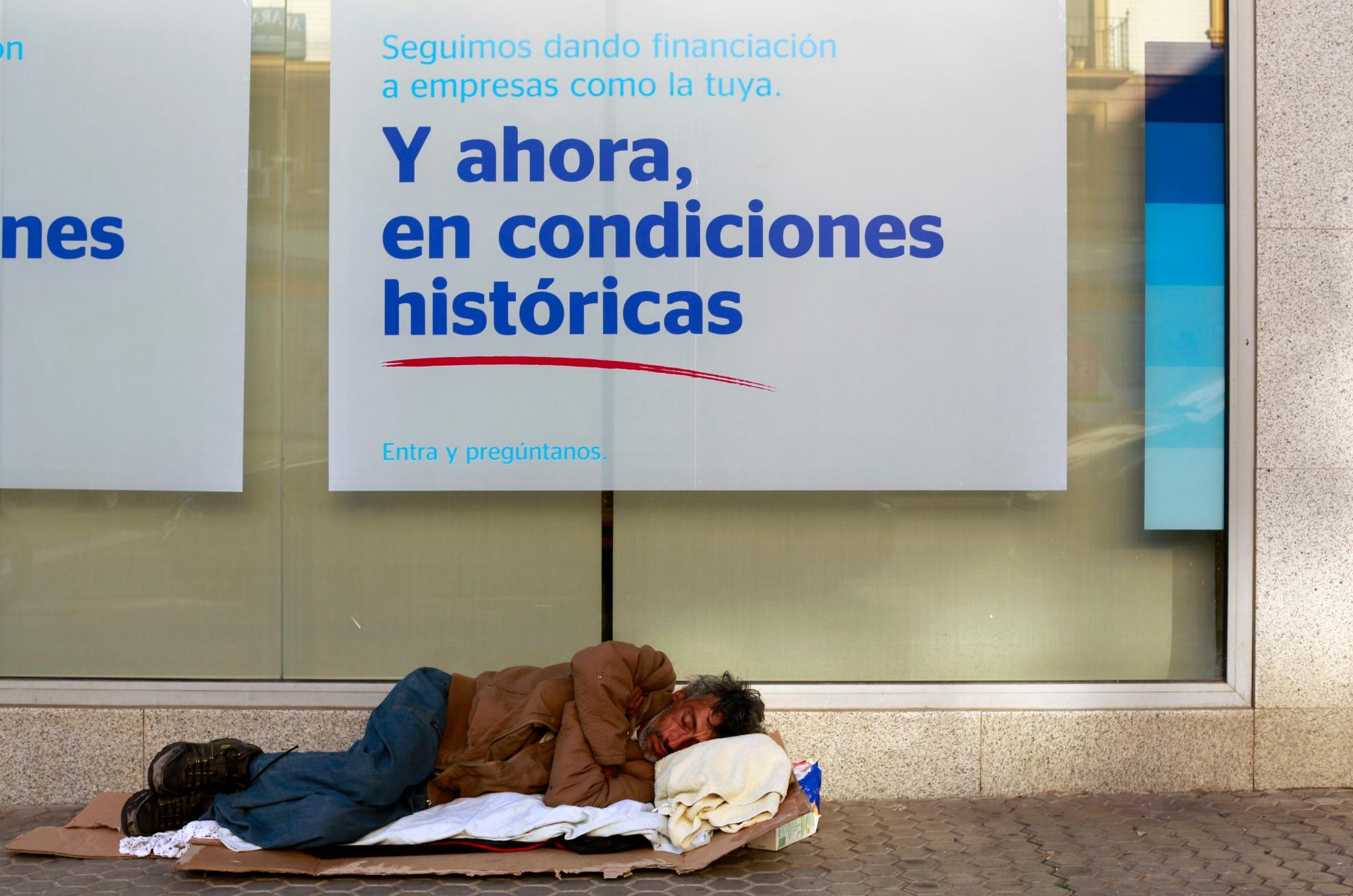 Miguel m mendieta on twitter tremenda foto de marcelo for Bbva sevilla oficinas
