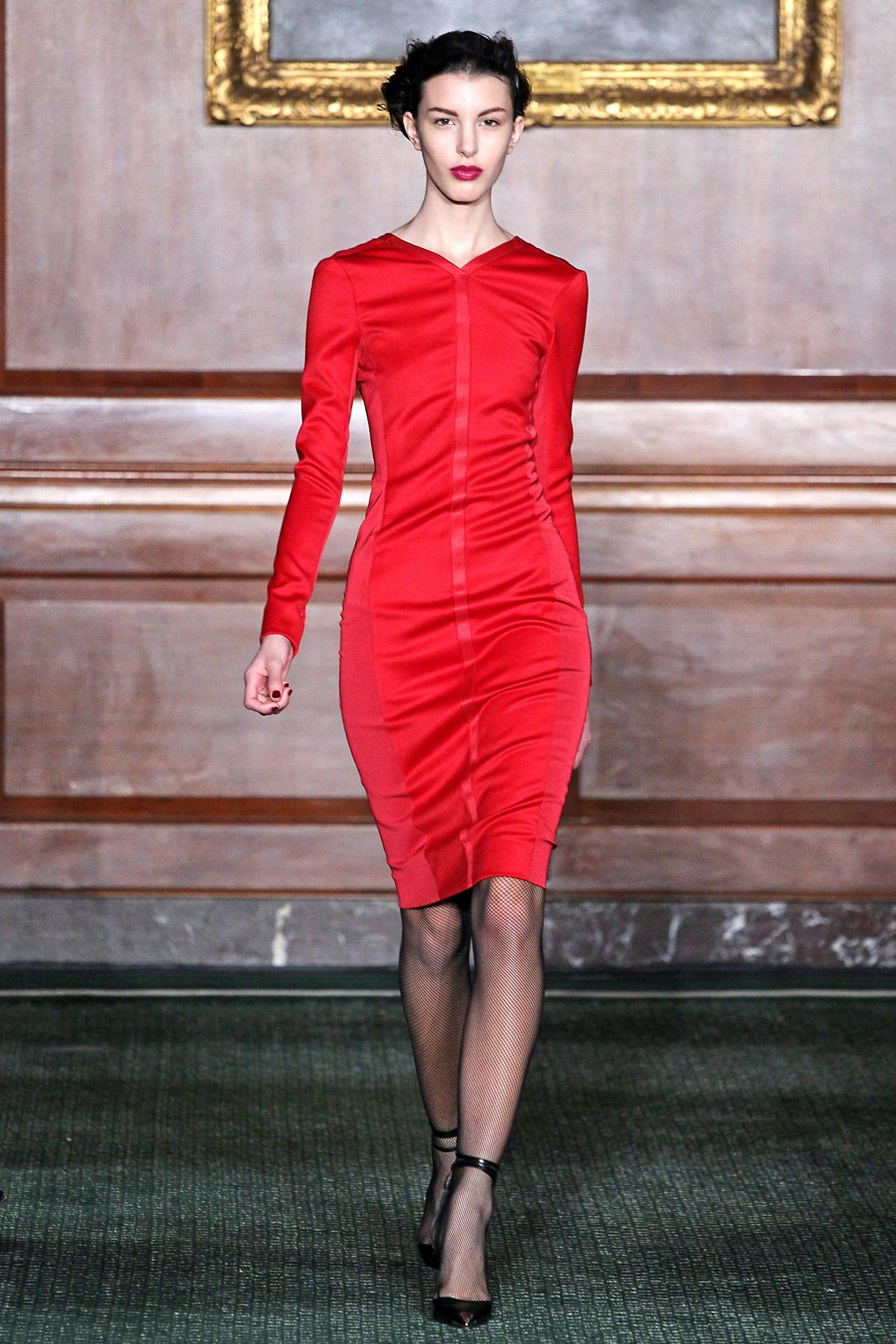 Which NY brand has named its new designer? http://t.co/CEvToxWYBO http://t.co/Qrb85PxRXR