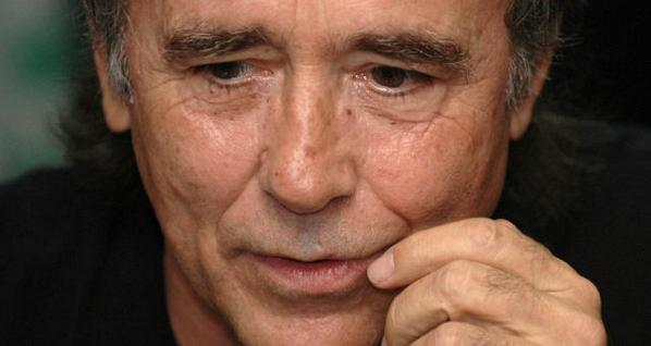 Sin modestias, Serrat celebra cinco décadas con 50 canciones