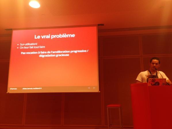 Le problème des preprocesseur css par @iamvdo #blendwebmix http://t.co/IxFQUf0sPK