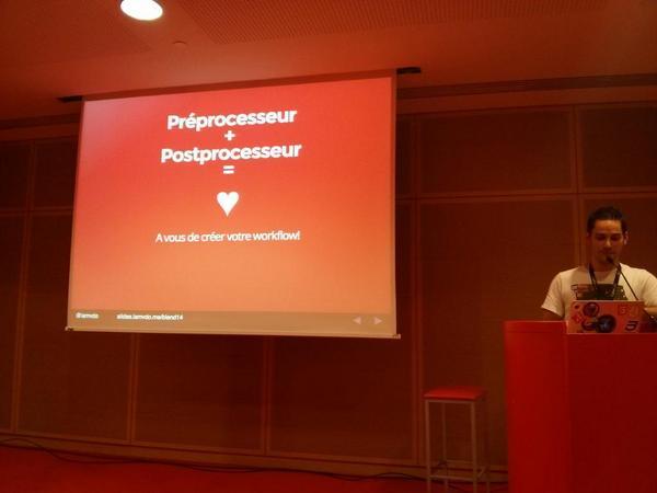 « Préprocesseur + post-processeur = 💜 #sass #pleeease » @iamvdo #BlendWebMix http://t.co/C89Bc2miWg