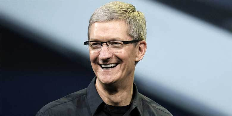 Apple's Tim Cook Comes Out: 'I'm Proud To Be Gay' He Says http://t.co/SBT8wpqu0B http://t.co/gdwVR7D5RB