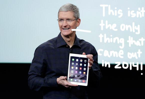 LOVE! #Apple CEO @tim_cook speaks up and comes out as gay!! http://t.co/Wynbkw9775 http://t.co/AFmX9lZatj