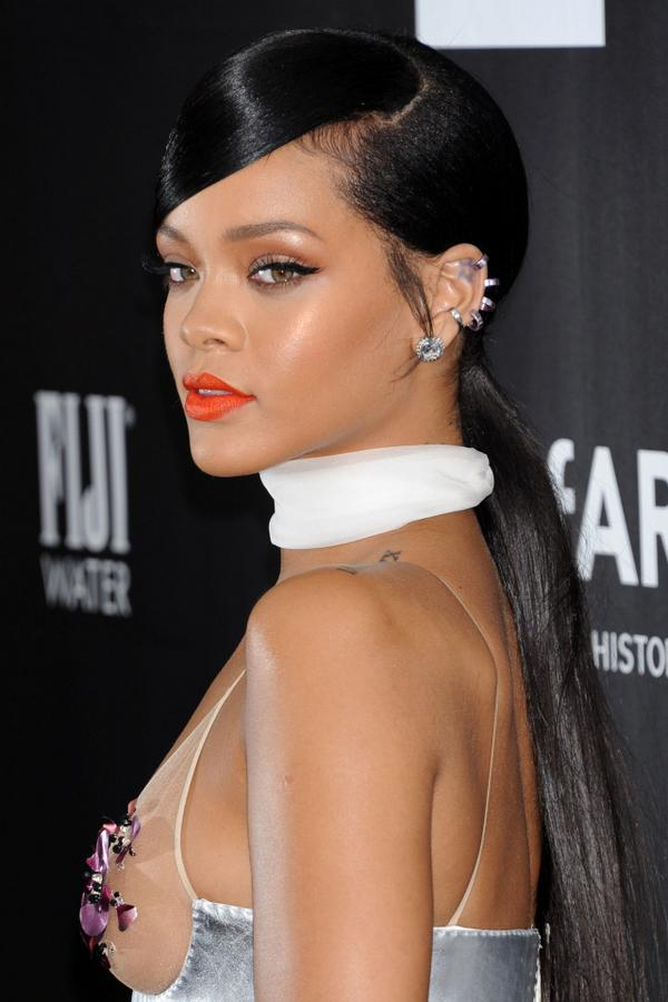 We Loved Rihanna S Sleek Long Ponytail With Side Fringe