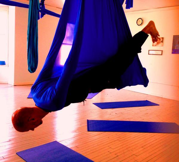 Zenzen Yoga Arts On Twitter Aerial Practice This Week Swooping