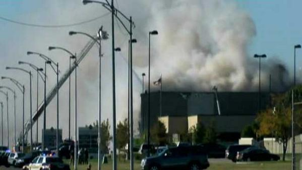 Here's a look at footage of the Wichita, Kansas plane crash. No details yet. http://t.co/5ABQR1DGDm