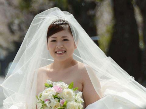 Japon: Des «mariages solo» pour les célibataires http://t.co/gcZJ3yaCdy http://t.co/nxxuffhJtS