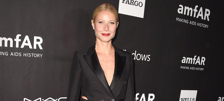 When all the stars wore pretty dresses, @GwynethPaltrow wore THIS: http://t.co/nMs4v45nj9 http://t.co/g8V2MX0yda