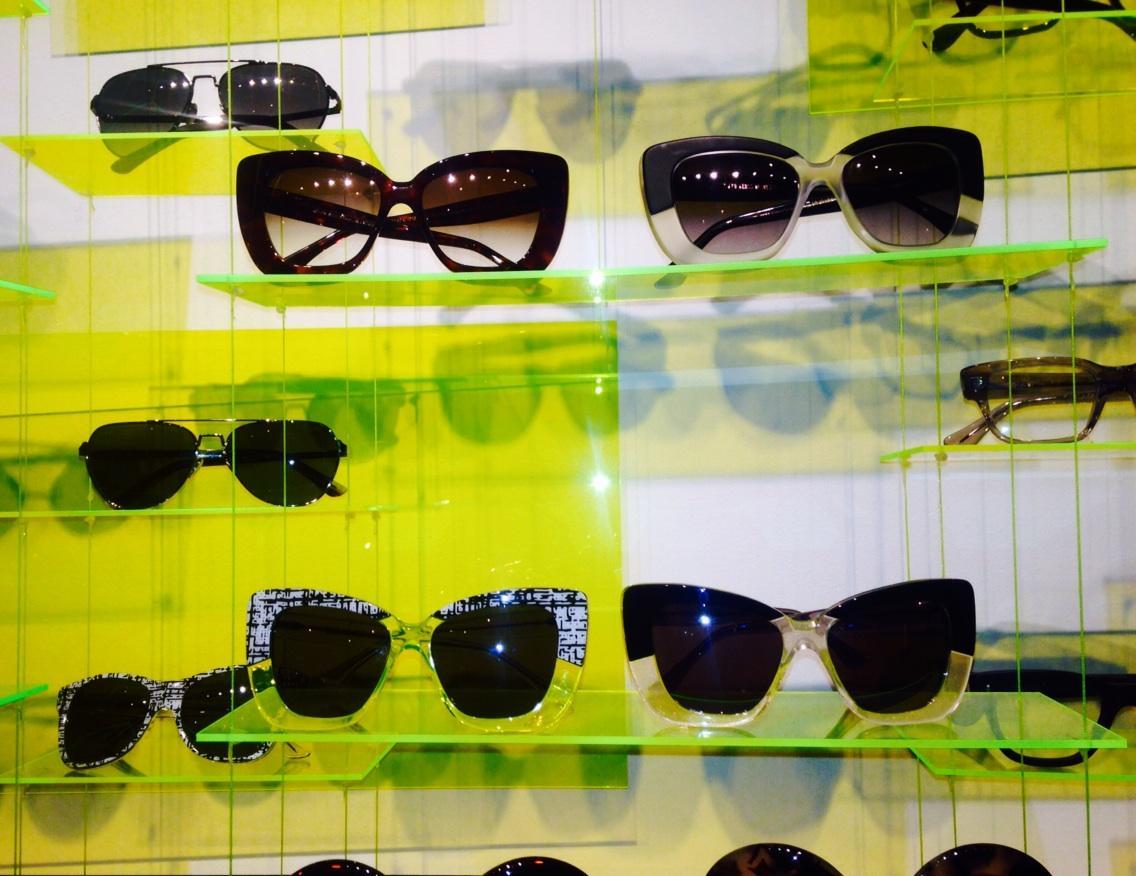 Striking eyewear shapes @cutlerandgross #ss15 #exposuress15 @exposurelondon http://t.co/eU6GGjCd7W