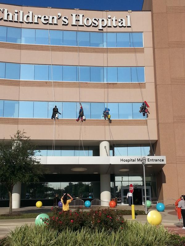We can't get enough of these guys! Superheroes wash windows @TexasChildrens http://t.co/6ZM7yoK3nw #KPRC #GoodNews http://t.co/rB9yAiDaDn