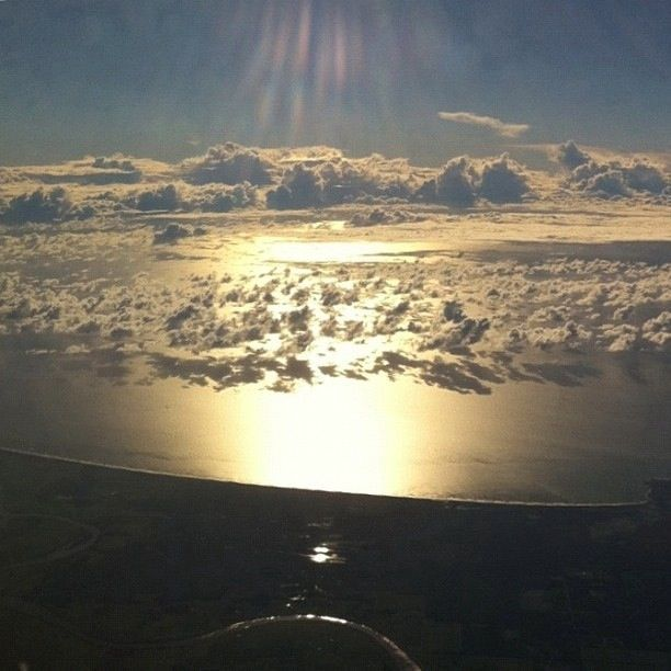 Up, up and away...beautiful photos taken of earth from the sky http://t.co/WUEvznrzT2 http://t.co/AFRZ0C9SoA