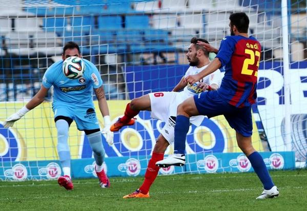 Dimitrovski (who goes by dadi) is shown during game