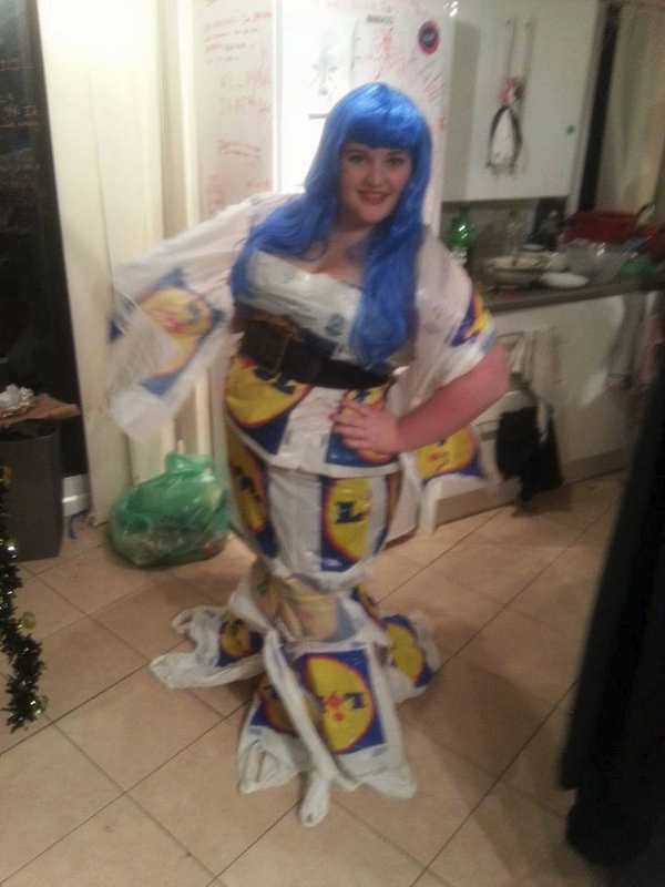 THE LIDL MERMAID - I am a dad so proud I could BURST http://t.co/CNJSn4jaAj
