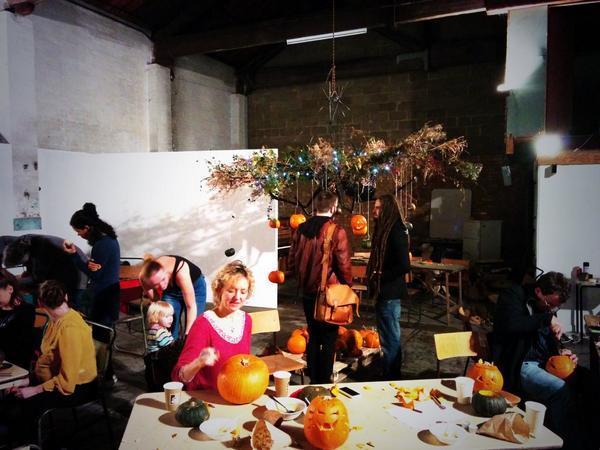 Pumpkin festival @OVADA_Gallery - constructing an enormous pumpkin chandelier! #pumpkinrescue http://t.co/LiPbcTaUro