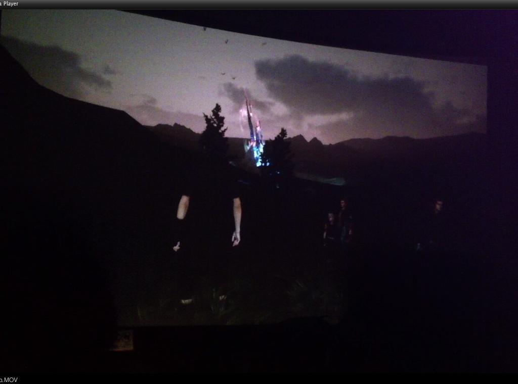 New Final Fantasy XV battle footage, details B1O_xlwIgAAE-cM